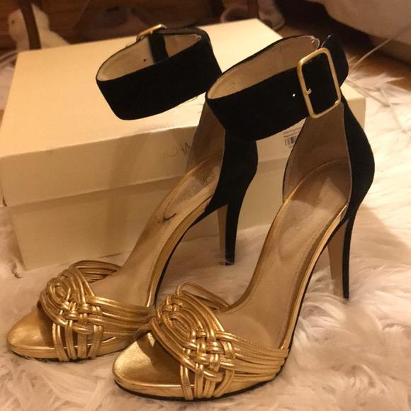 Joan & David Shoes - Gold and black hella
